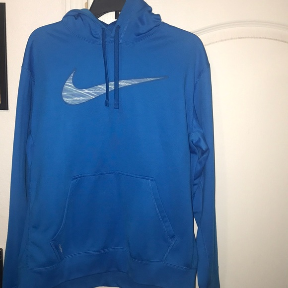 Men's Baby blue nike therma-fit sweater